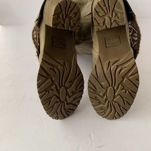 Muk Luks Shoes - mukluks Lacy Boots Beige Calf Size 11